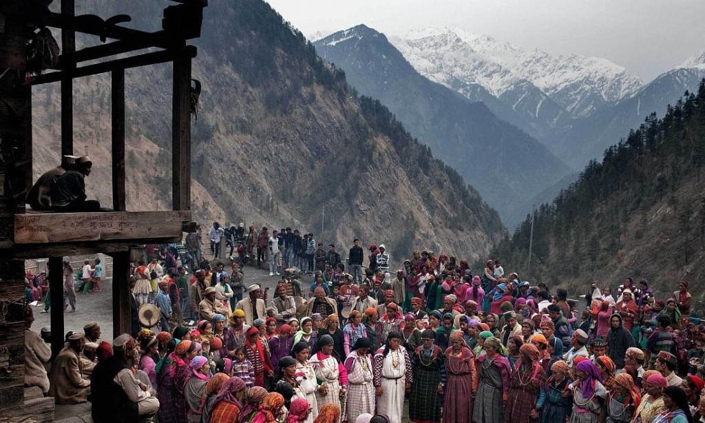 Andrea de Franciscis: Himalaya's Outlawed Marijuana Fields