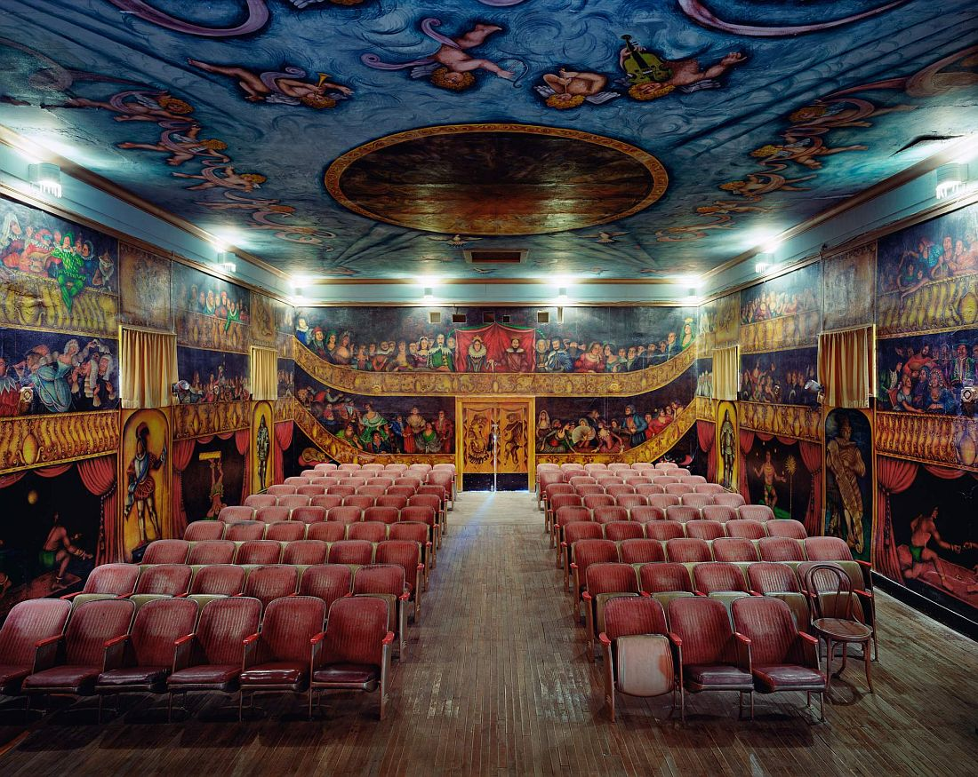 david-leventi-opera-houses-07