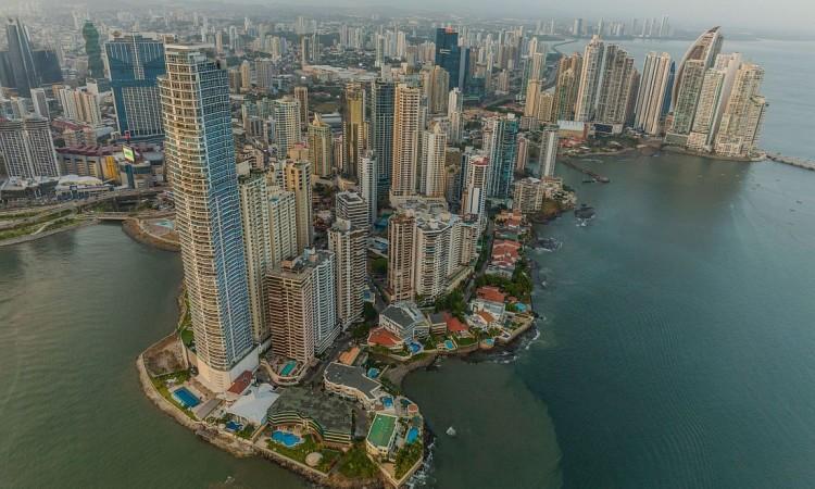 George Steinmetz: Panama Canal
