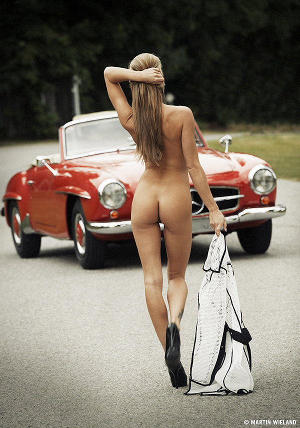 veronika,mercedes,nude,coat