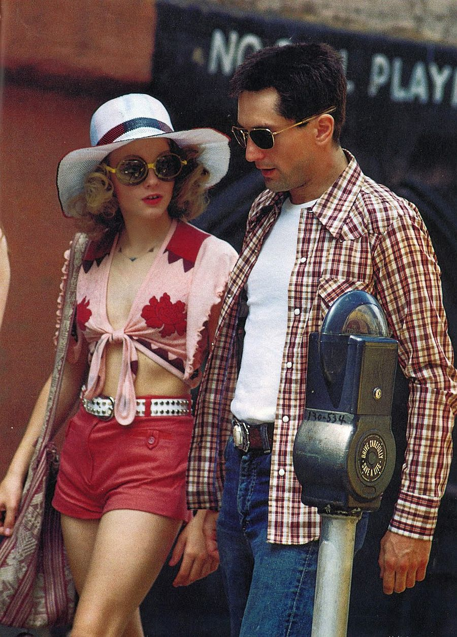 behind-the-scenes-jodie-foster-on-the-set-of-taxi-driver-1976-07