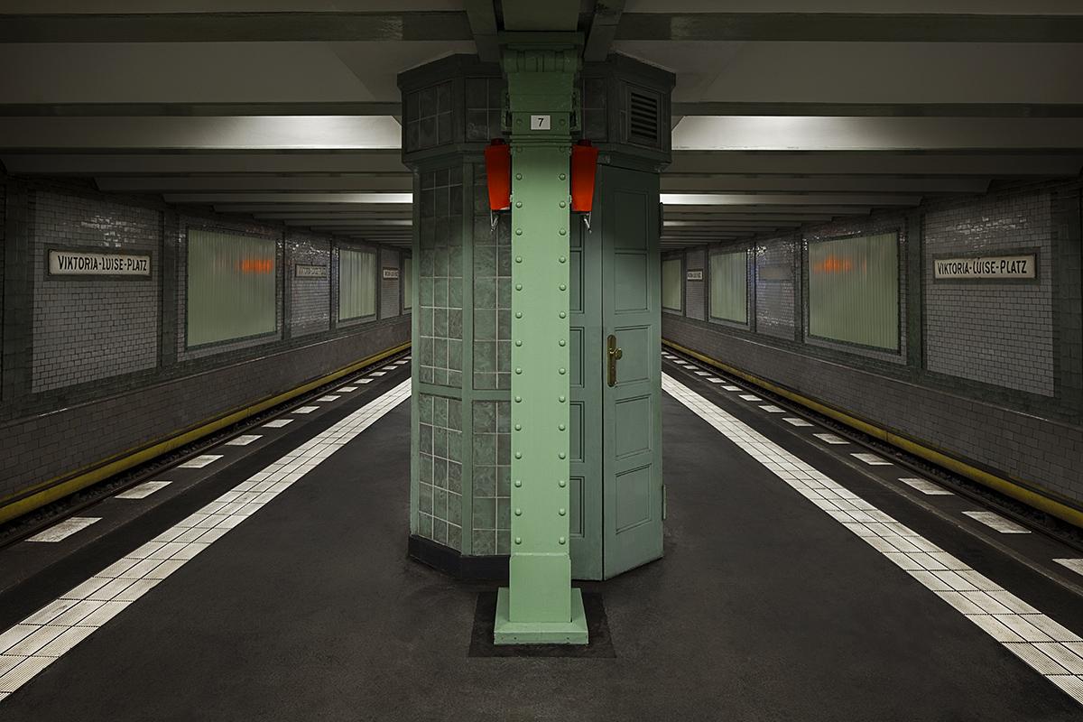 patrick-kauffmann-berlin-underground-Viktoria-Luise-Platz