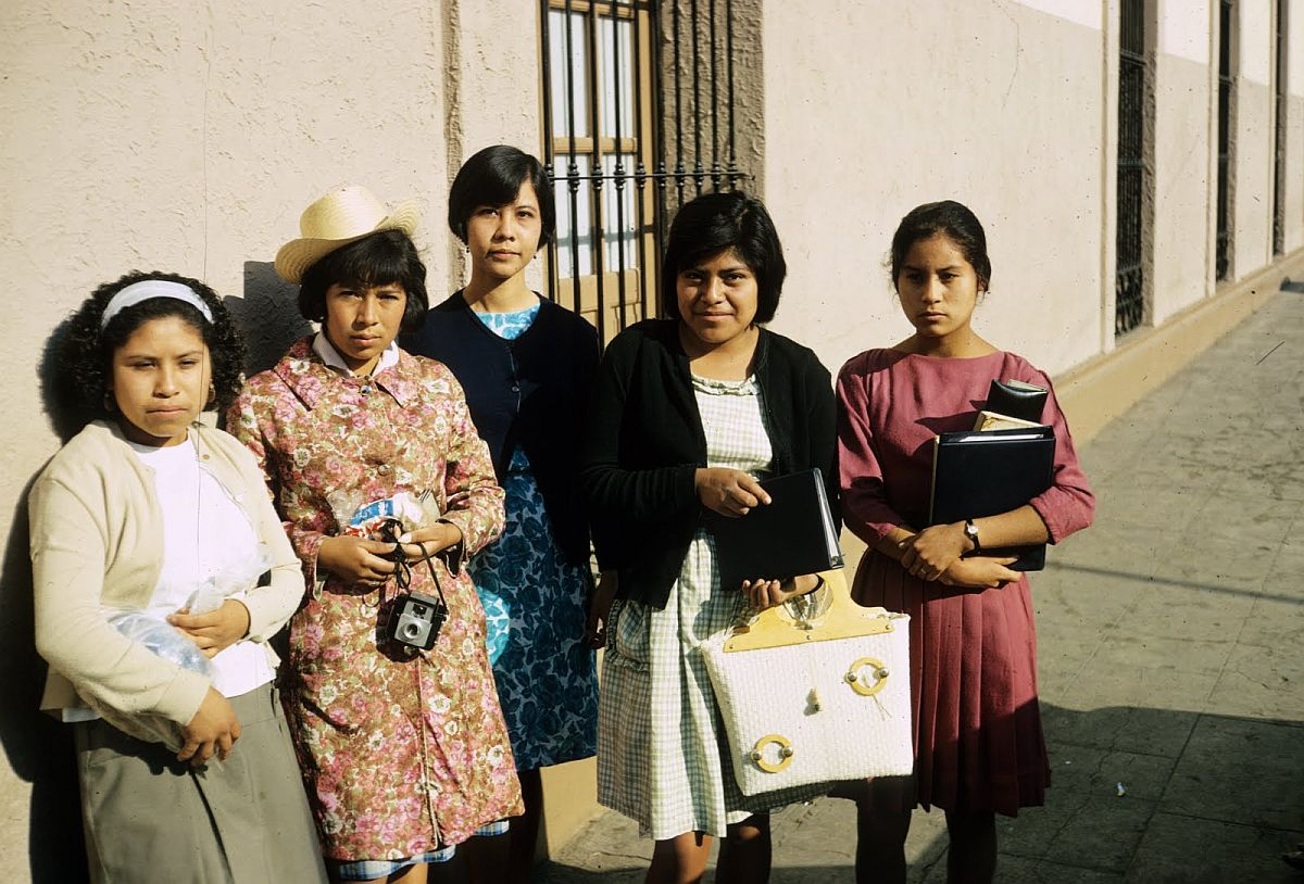 everyday-life-in-mexico-city-in-the-1950s-11