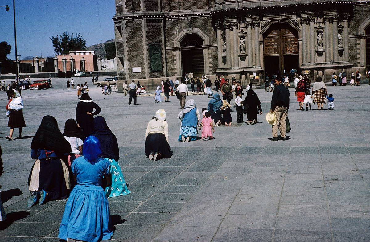 everyday-life-in-mexico-city-in-the-1950s-21