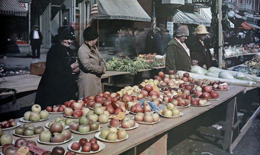 Autochromes – First Color Photographs (1920s)