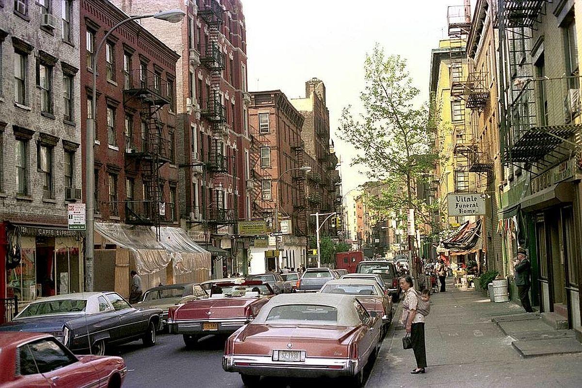 new-york-city-dark-side-in-the-1970s-07