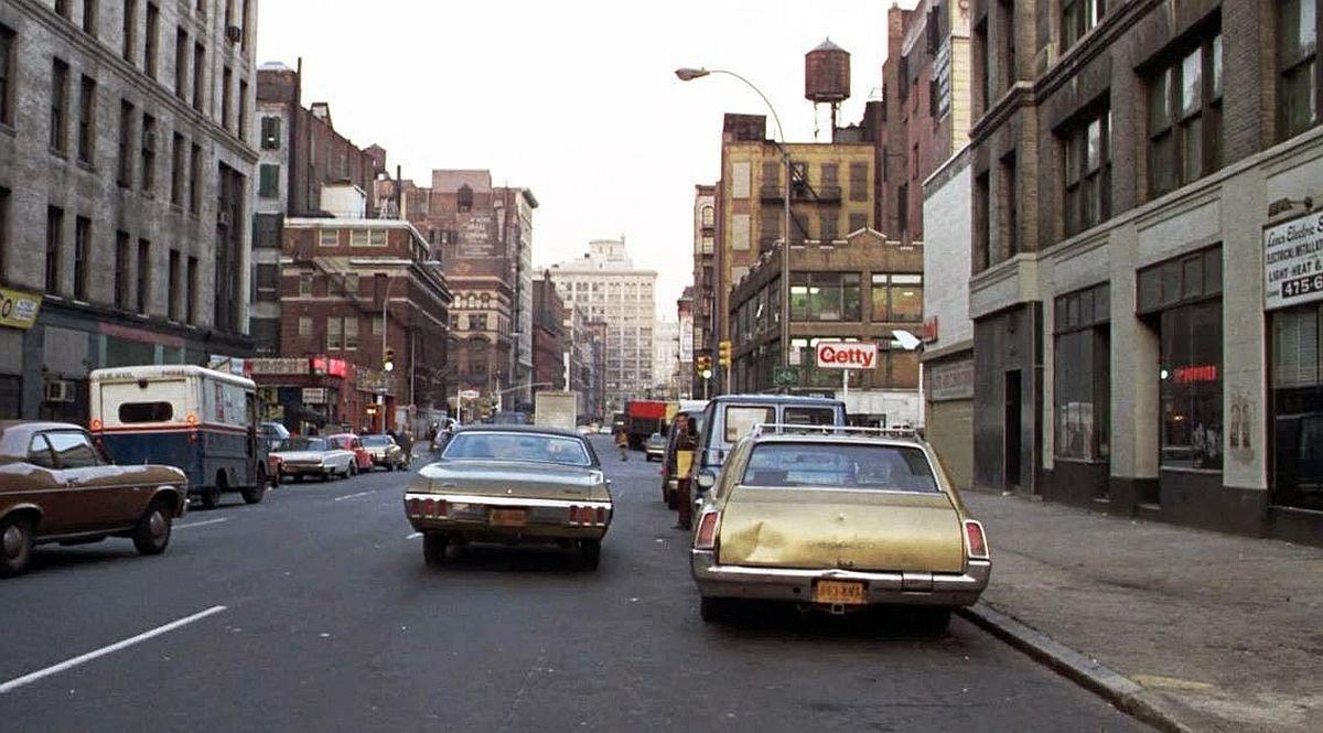 new-york-city-dark-side-in-the-1970s-12