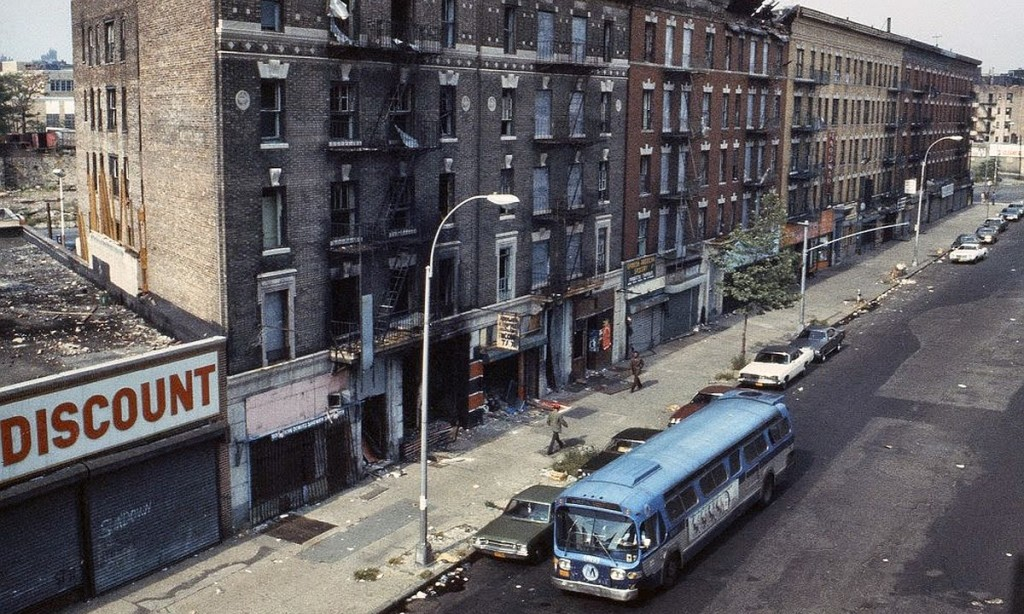 new-york-city-dark-side-in-the-1970s-16-