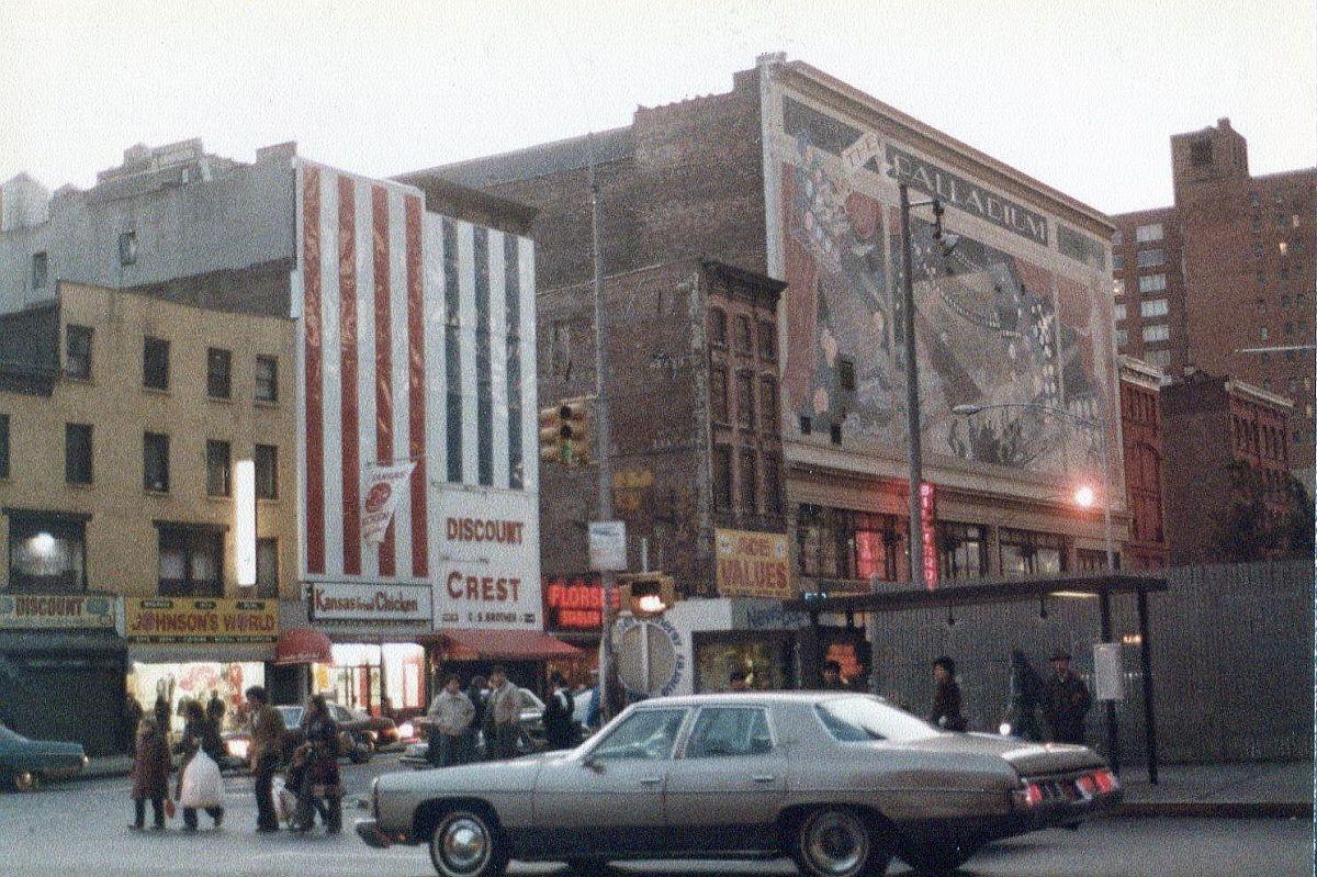 new-york-city-dark-side-in-the-1970s-28