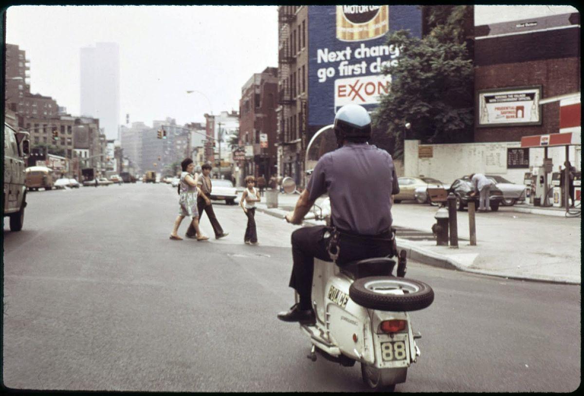 new-york-city-dark-side-in-the-1970s-29