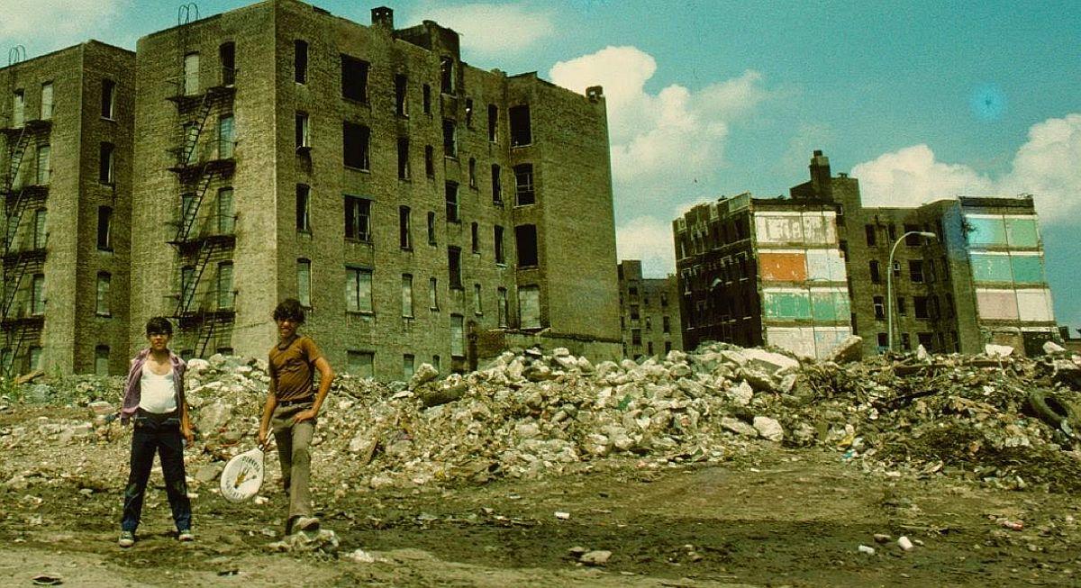 new-york-city-dark-side-in-the-1970s-31