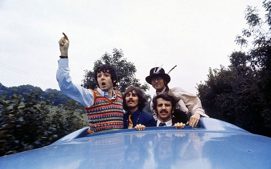 the-beatles-magical-mystery-tour-in-1967-01