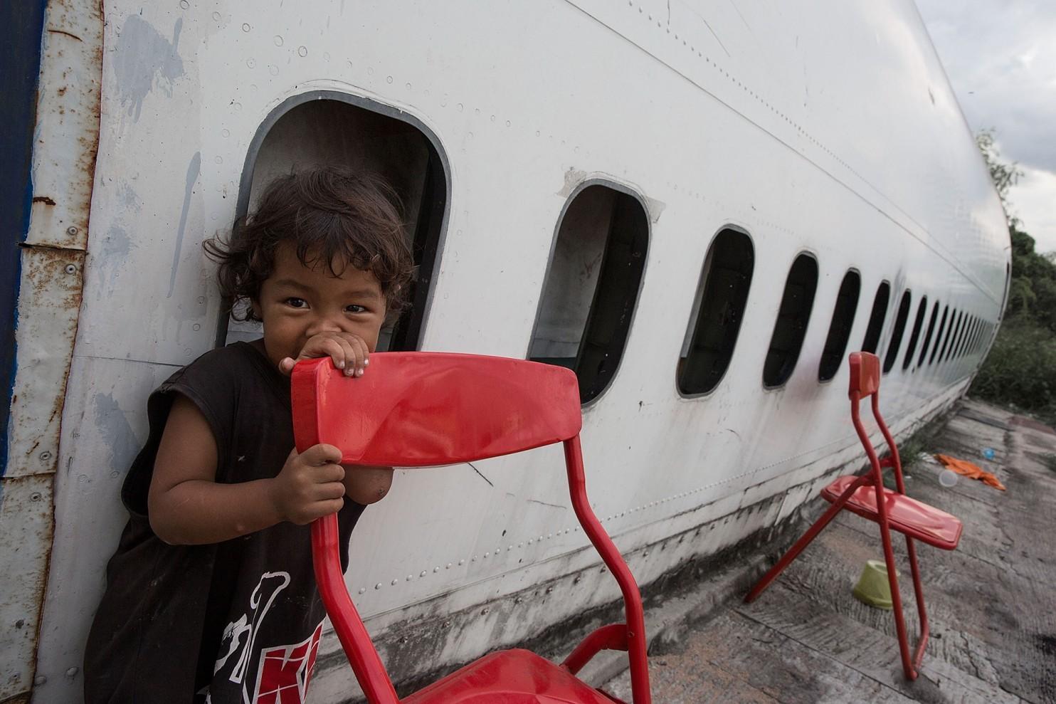 bangkok-airplanes-home-05