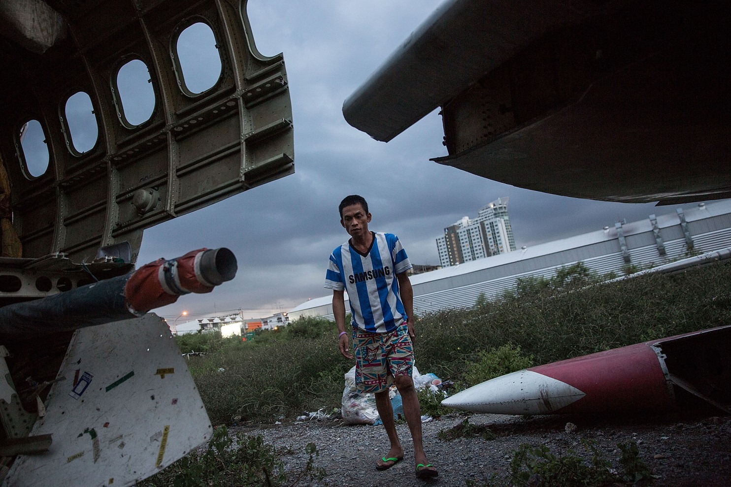 bangkok-airplanes-home-11