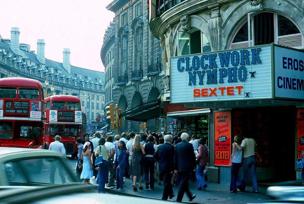city-of-london-streets-1976-01