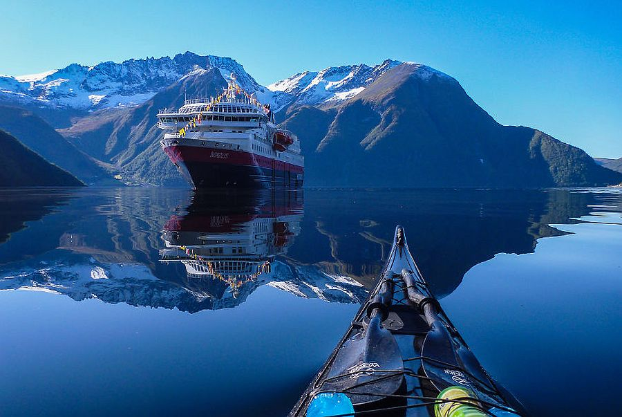 tomasz-furmanek-the-fjords-of-norway-from-the-kayak-seat-06