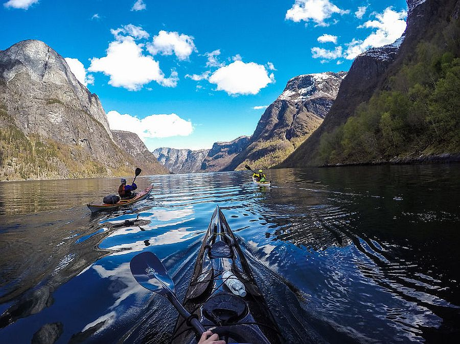 tomasz-furmanek-the-fjords-of-norway-from-the-kayak-seat-07