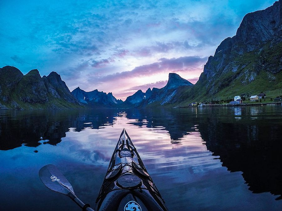tomasz-furmanek-the-fjords-of-norway-from-the-kayak-seat-09