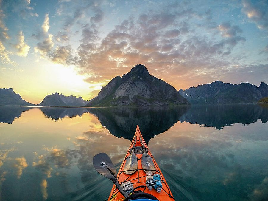 tomasz-furmanek-the-fjords-of-norway-from-the-kayak-seat-12