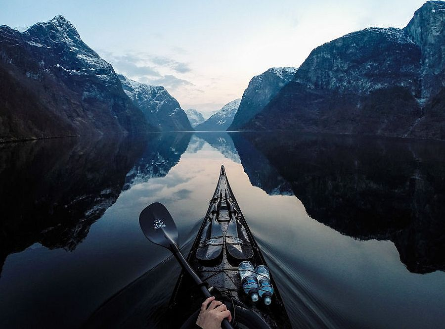 tomasz-furmanek-the-fjords-of-norway-from-the-kayak-seat-13