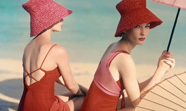 Luxury Sunbathing captured by Vogue (1940s and 1950s)