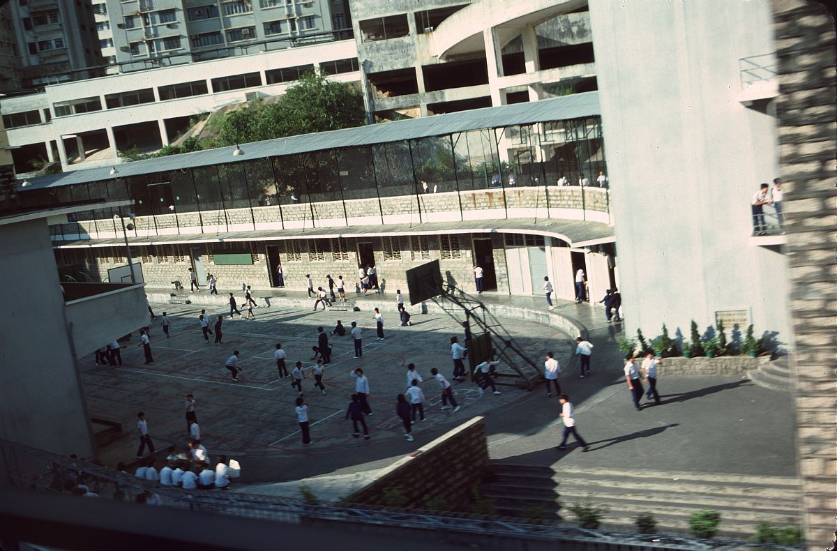 vintage-color-everyday-life-in-hong-kong-in-1976-04