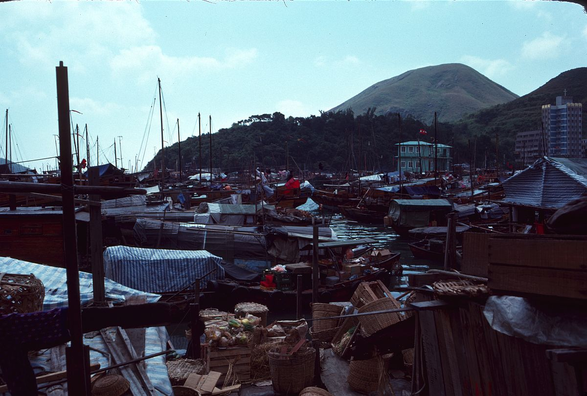vintage-color-everyday-life-in-hong-kong-in-1976-13