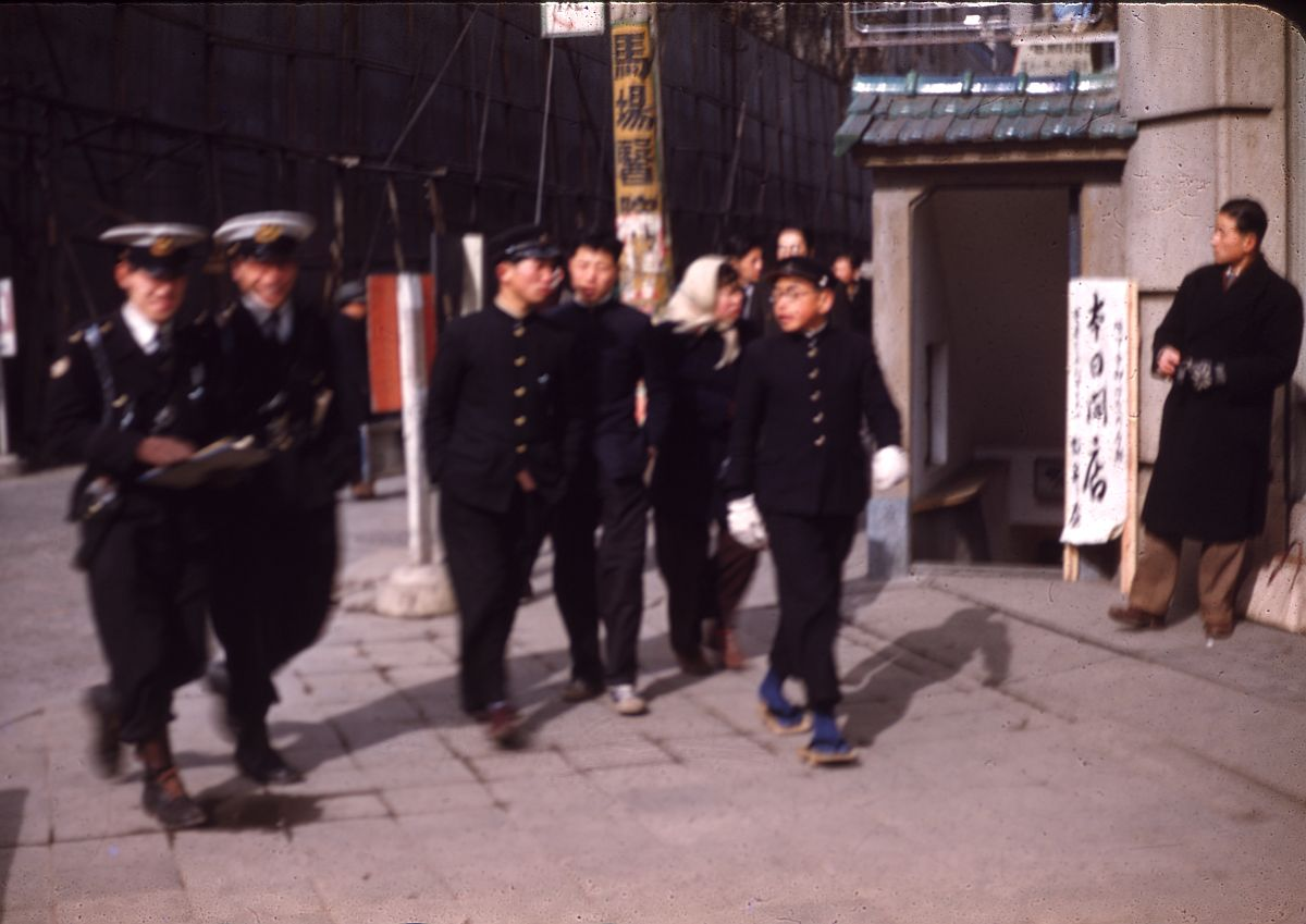 vintage-color-everyday-life-in-japan-from-1949-1951-15