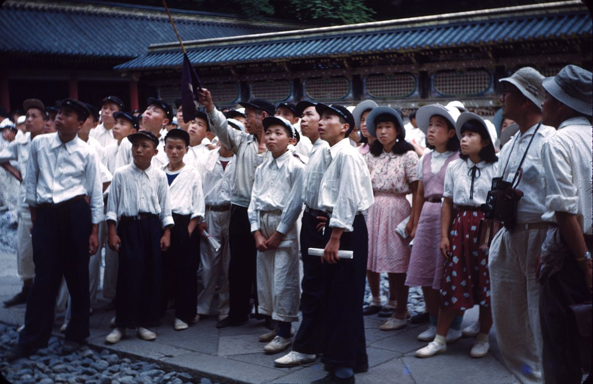 vintage-color-everyday-life-in-japan-from-1949-1951-16