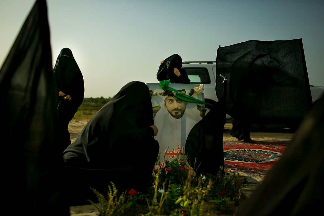 tasneem-alsultan-protectors-of-the-mosque-04