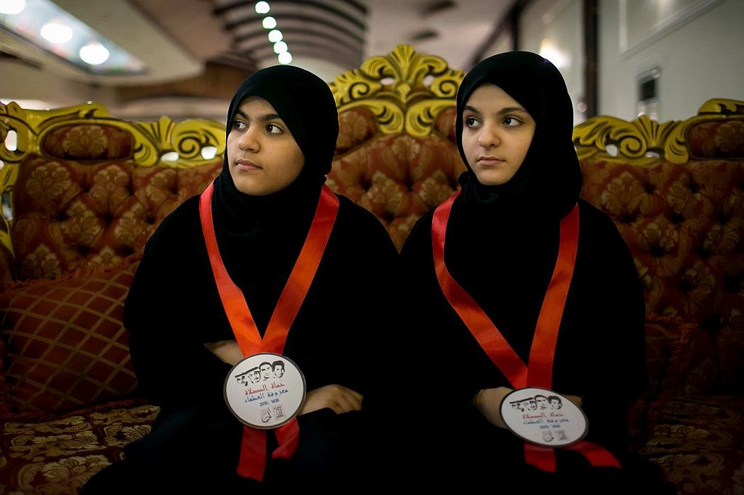 tasneem-alsultan-protectors-of-the-mosque-08