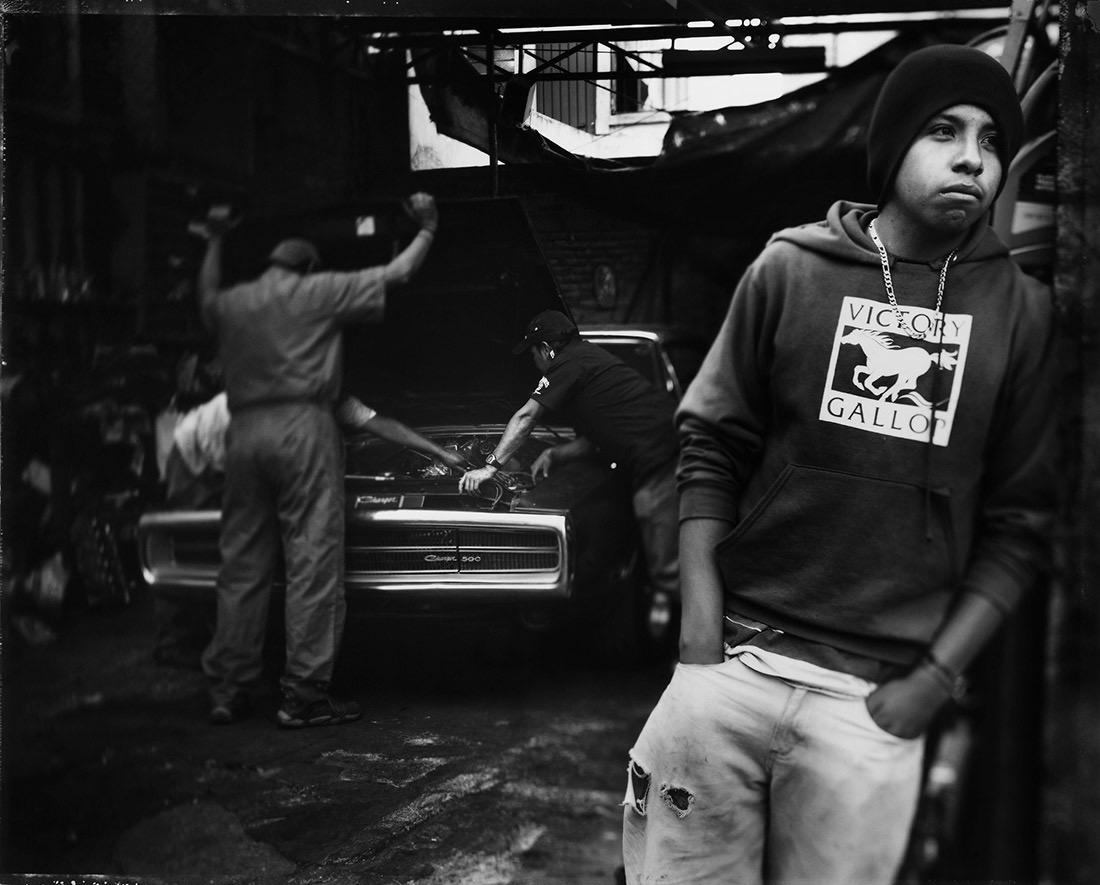 Tomasz Gudzowaty © Mexico's Car Frenzy