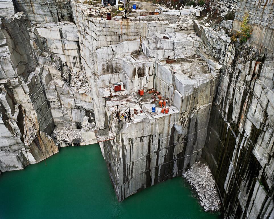 Quarries © Edward Burtynsky