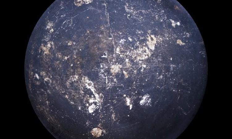 Christopher Jonassen: Devour – Worn-Out Frying Pans Looking Like Planets