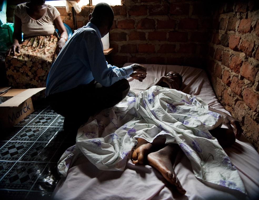 Rural Health Care in Uganda © Susan Hale Thomas