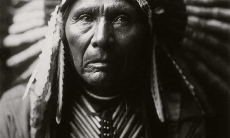 Edward S. Curtis: Indians of North America