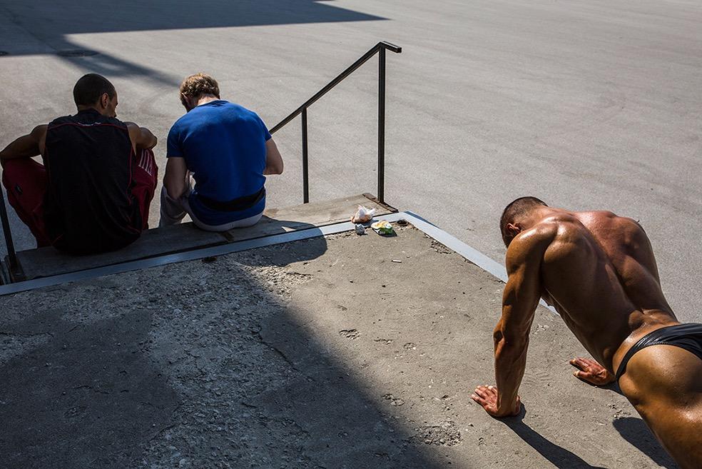 Behind the Stage © Denis Buchel
