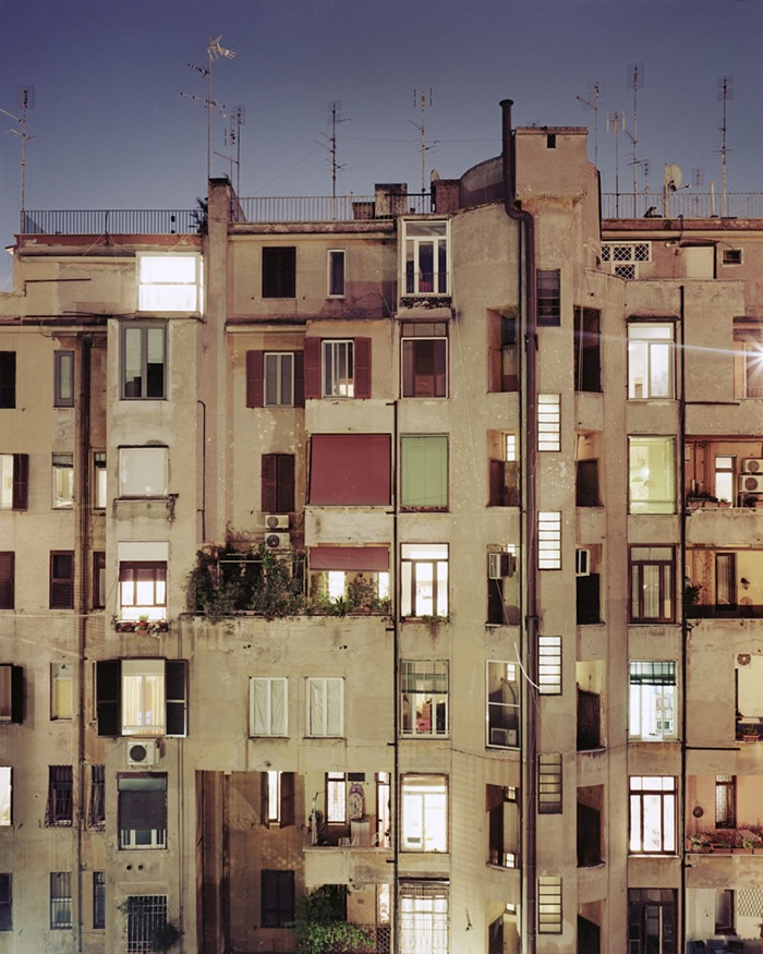 Rear Window, Rome (2012) © Jordi Huisman