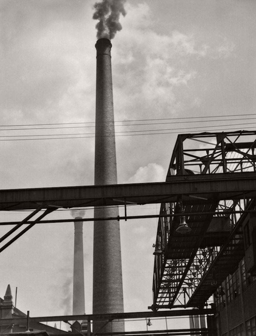 Long crane, tall chimeny, M.A.N. Works, Nürnberg, 1928
