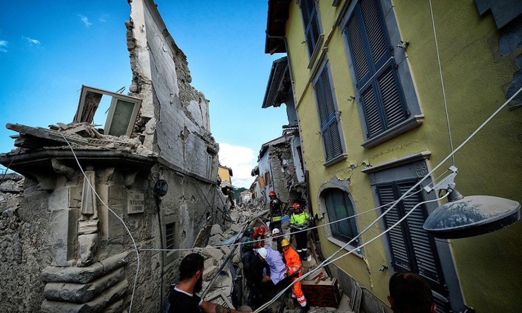 Alberto Cicchini: Earthquake Center Italy