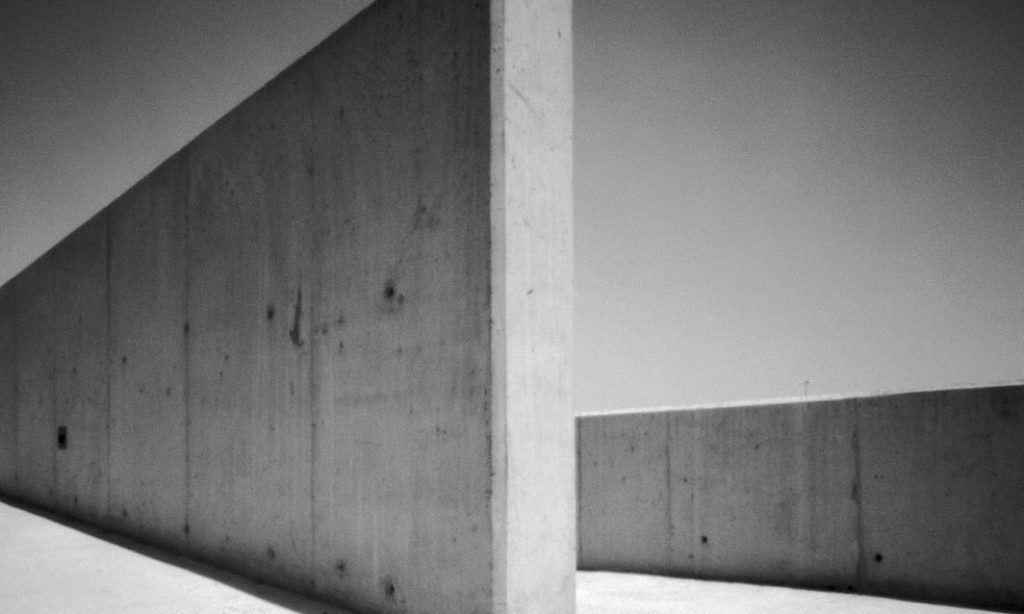 Markus Kaesler: Shadows on Concrete
