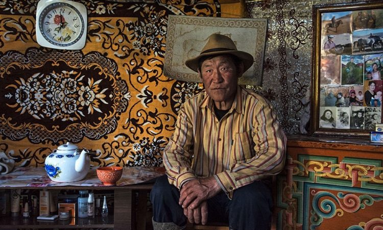 Michele Martinelli: Mongolia's Nomads